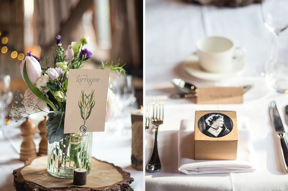 The combination of fresh flowers and natural décor looked right at home in this country wedding venue.